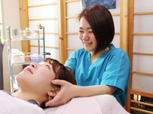 頭痛の施術